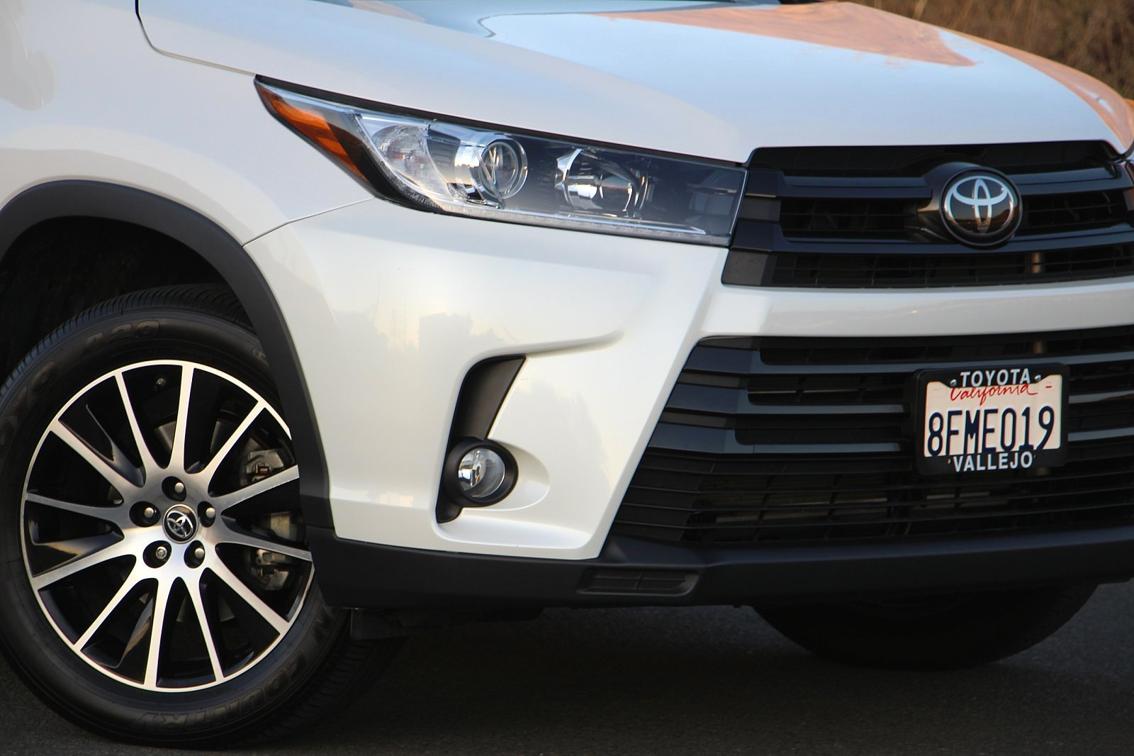 Certified Pre-Owned 2018 Toyota Highlander SE
