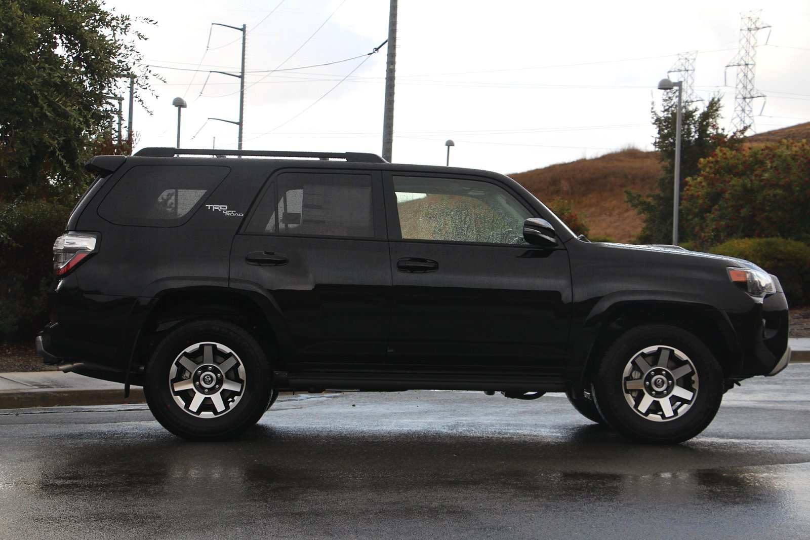 New 2020 Toyota 4Runner 4.0L TRD Off-Road Premium