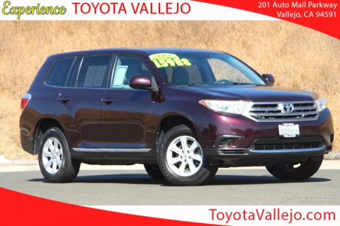Pre-Owned 2013 Toyota Highlander Plus V6 4D Sport Utility
